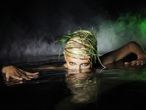 America's Next Top Model wallpaper possibly with a hot tub entitled Photoshoot #6