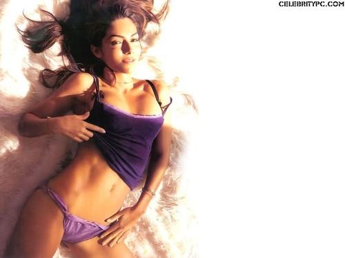 Vanessa Marcil In Her Panties Samantha Jane Marquez Wallpaper