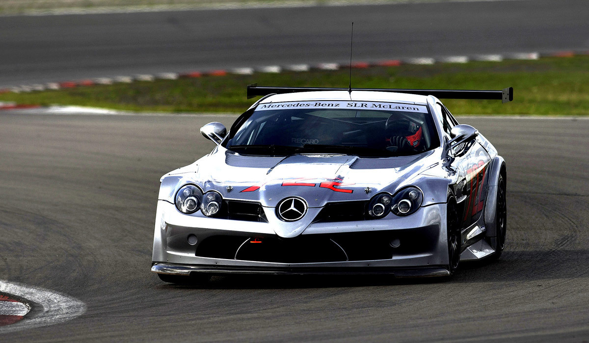 Mclaren slr mercedes benz photo 2487402 fanpop for Mercedes benz cars images