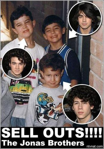 mini jonas brothers