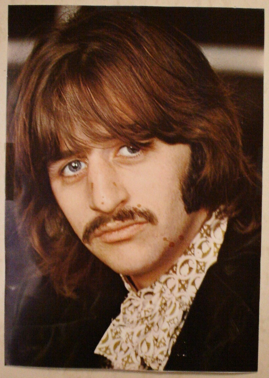 The Beatles the white album - the-white-album-the-beatles-2488772-1022-1435