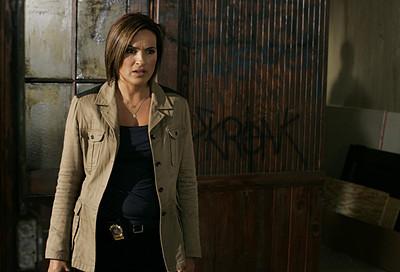 10x02 : Detective Benson