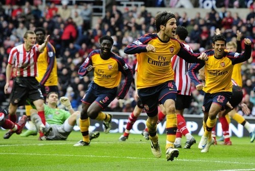 Cesc Fabregas wallpaper probably with a fullback and a rugby titled Arsenal vs. Sunderland, October 4,2008