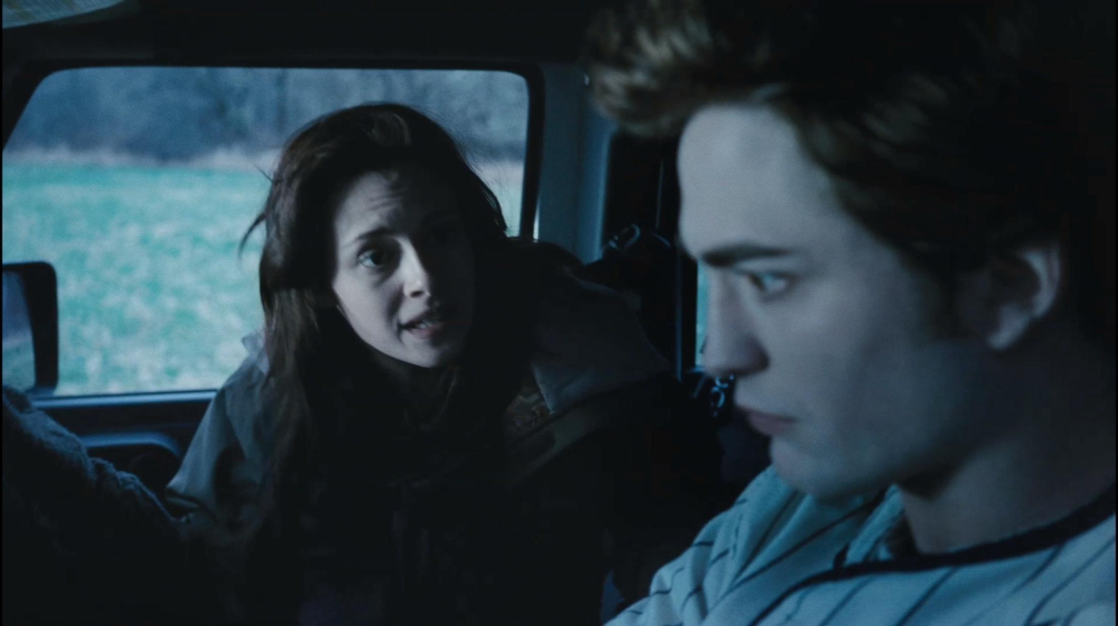 Bella/Edward Twilight trailer 3 HQ