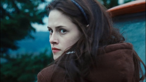 Bella Swan wallpaper with a portrait entitled Bella Twilight trailer 3 HQ