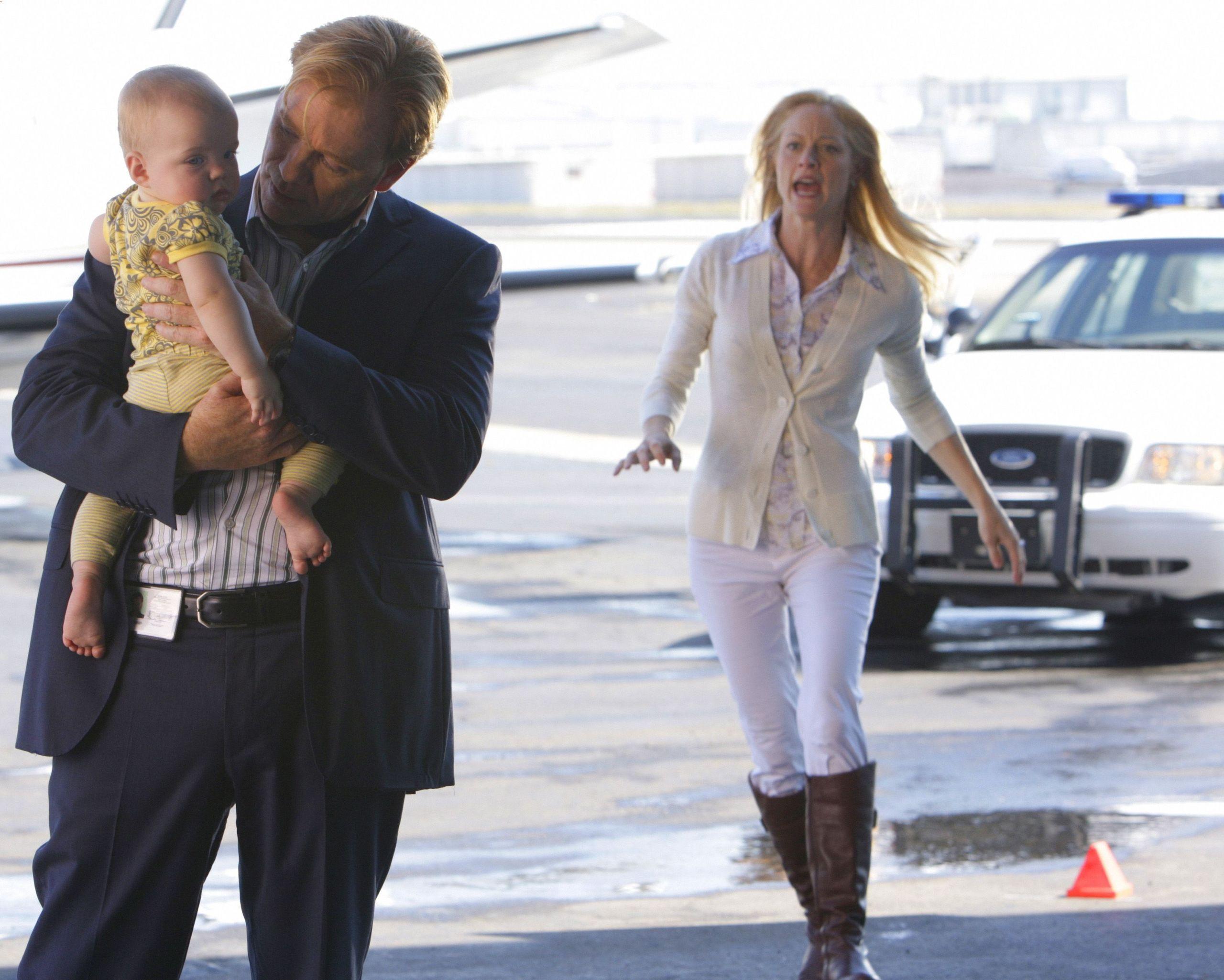 """CSI: Miami - 7x08 - """"Gone Baby Gone"""""""