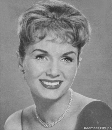 Rock'n'Roll Remembered wallpaper with a portrait titled Debbie Reynolds