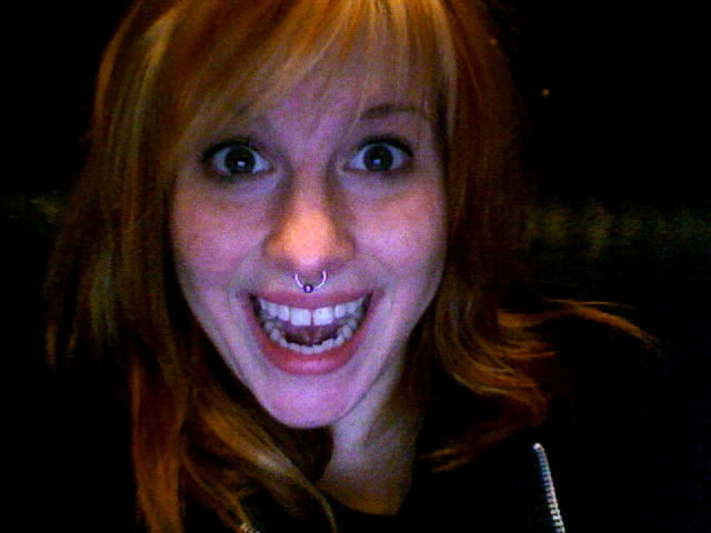 hayley williams twitter scandal. hayley williams haircut 2011.