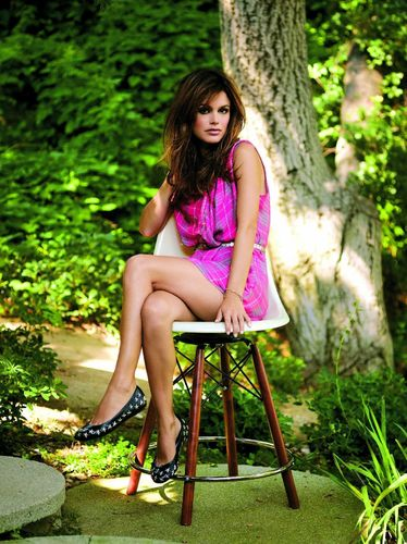 Rachel Bilson wallpaper titled InStyle (UK) - November 08