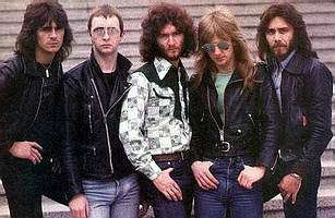 Judas Priest fond d'écran possibly with a business suit and a well dressed person called Judas Priest