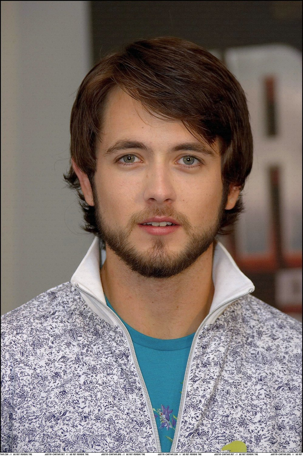 Justin Chatwin - Gallery