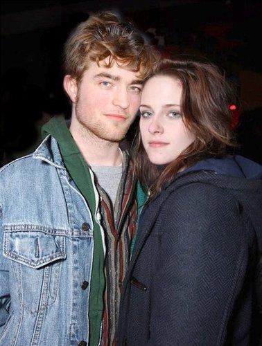 Twilight Movie wallpaper titled Robert Pattinson (Edward Cullen) & Kristen Stewart (Isabella Swan)