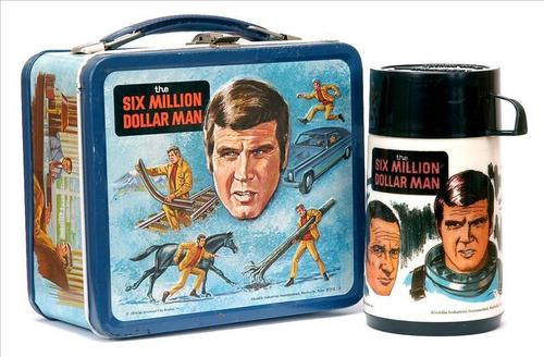 Lunch Boxes karatasi la kupamba ukuta called The Six Million Dollar Man Vintage 1974 Lunch Box