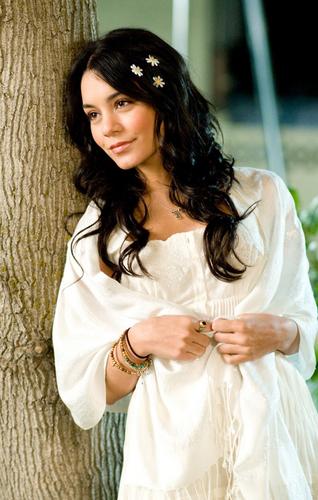 Vanessa HSM 3 Candids
