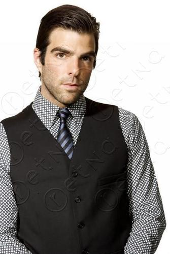 Zachary Quinto wallpaper probably containing a business suit called Zachary Quinto