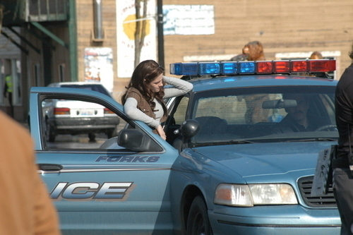 Bella Swan wallpaper with a cruiser entitled bella and charlie