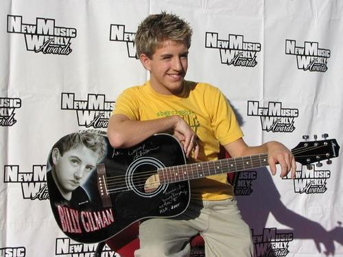 Billy Gilman hình nền with a guitarist and an acoustic đàn ghi ta, guitar called billy gilman
