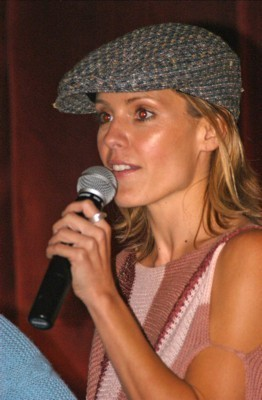 emma caulfield 2015