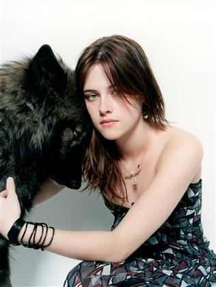 Movies  Kristen Stewart on Kristen Stewart Reveals What She Can T Live Without  It S Not Robert