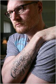 Augusten Burroughs at ہوم