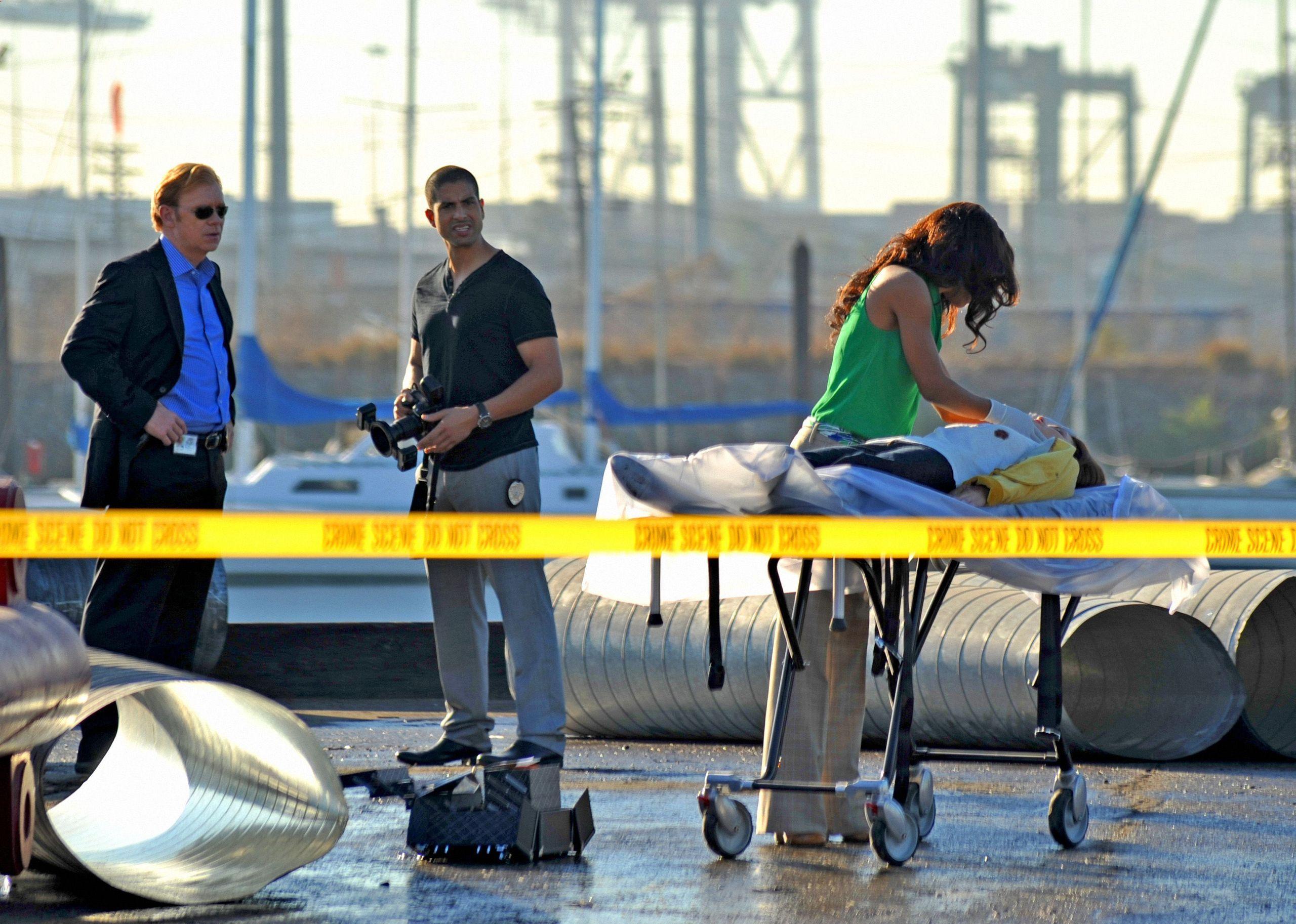 """CSI Miami - 7x09 - """"Power Trip"""" - Promotional Photo"""