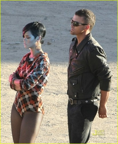 "JT on set ""Rehab"" Music video with Rihanna"
