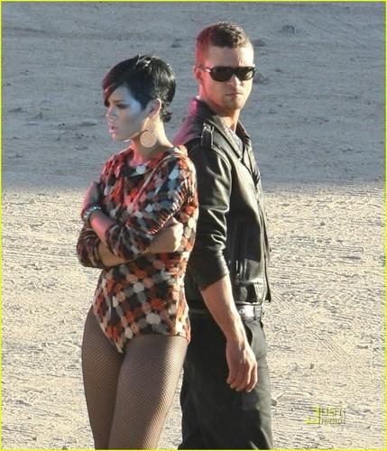 "JT on set ""Rehab"" Musica video with Rihanna"