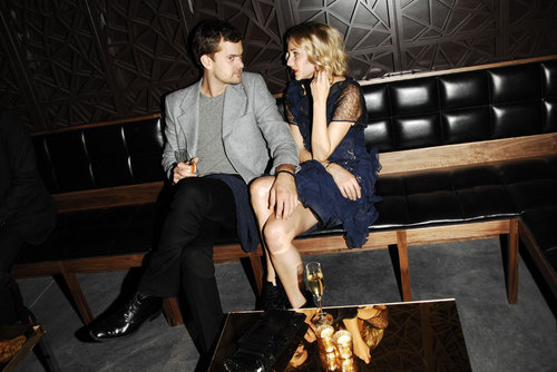 Joshua Jackson & Diane Kruger wallpaper with a business suit, a well dressed person, and a family room entitled Joshua Jackson & Diane Kruger
