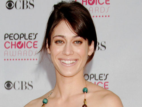 Lizzy Caplan fond d'écran containing a portrait called Lizzy