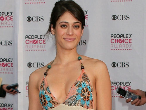 Lizzy Caplan wallpaper probably with a bikini, attractiveness, and a swimsuit entitled Lizzy