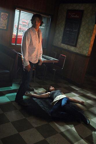 랜덤 Season 4 Episode 사진