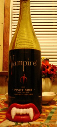 vampire vineyards pinot noir