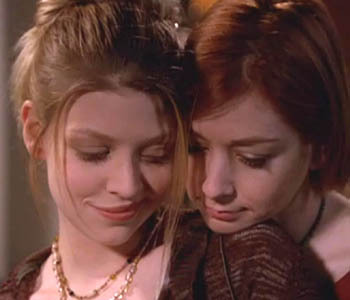 When does buffy and angel start dating