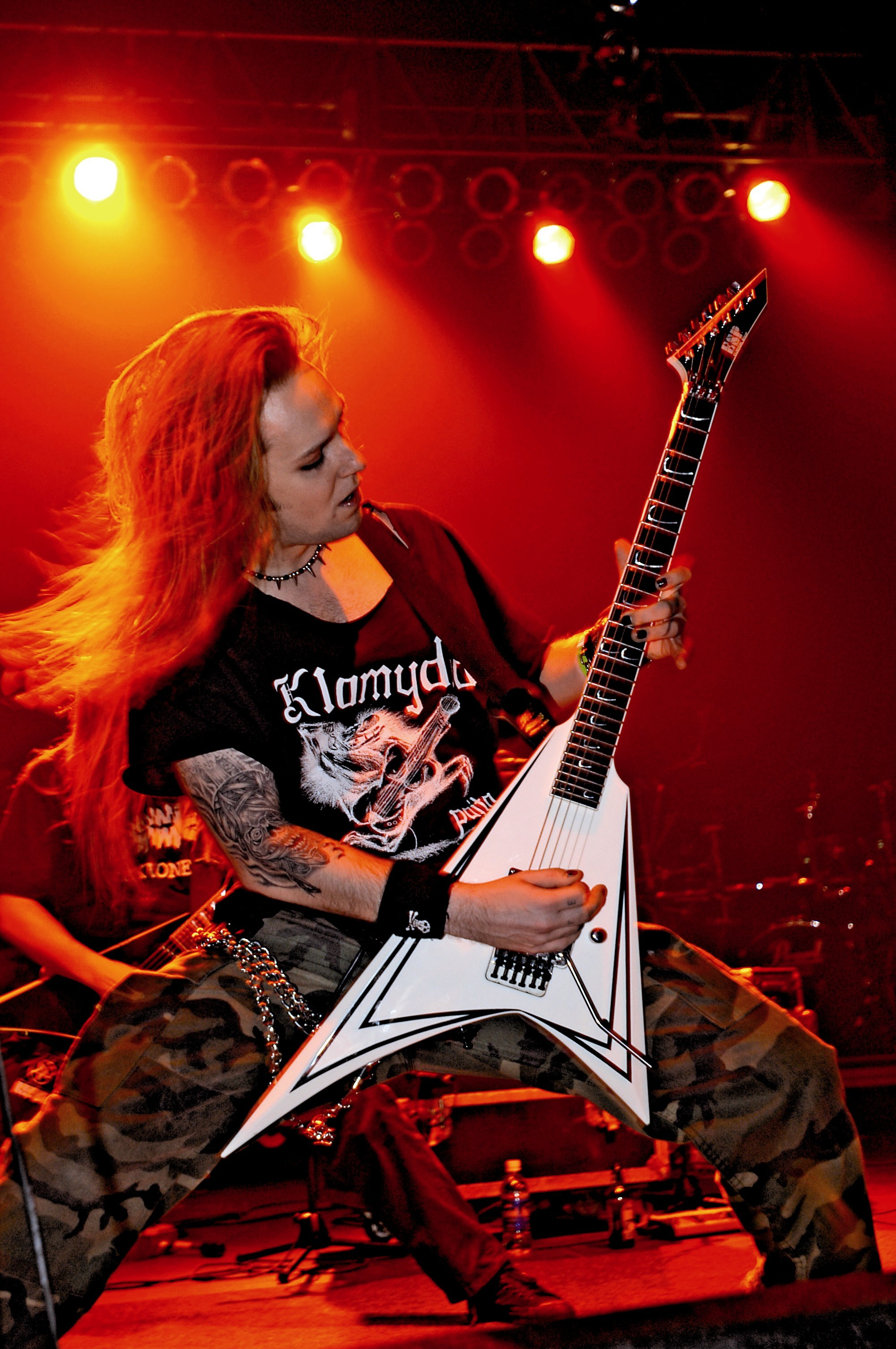 Top 10 Greatest Guitar Players (Famous Guitarists) Alexi laiho old pictures