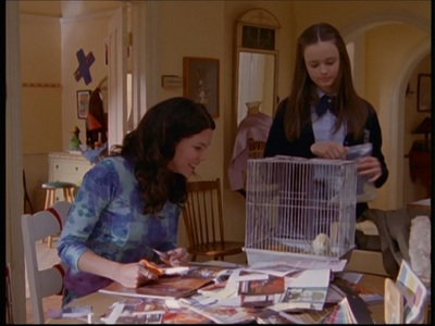 What does Lorelai name the baby chick that Rory brings home from school?