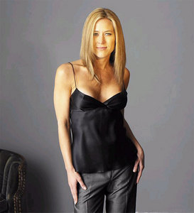 What movie did Jennifer Aniston NOT play in?