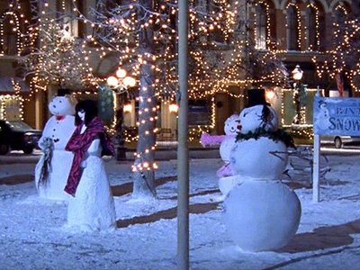 Who are Lorelai and Rory modeling their Snowman after?