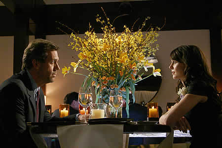 House and Cameron have avondeten, diner at what restaurant?