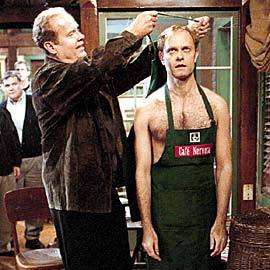 bởi how many years is Niles younger then Frasier?