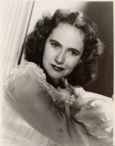 Who is this 1940s-1950s actress?