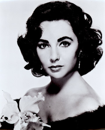 How many times has actress Elizabeth Taylor been married?