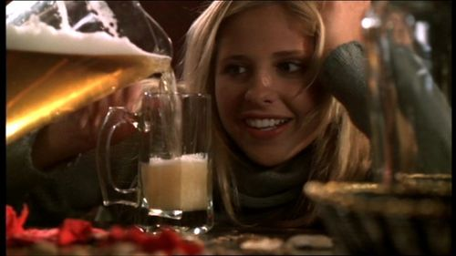 In 'Beer Bad' what nourriture item does Buffy steal from a fellow student in Psych class?