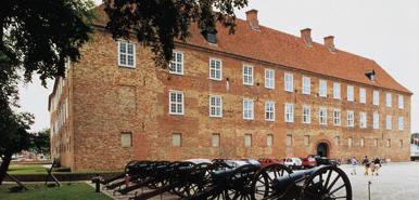 Hobrovej 386 Gammel Estrup castle