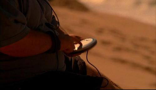 During what song did the batteries on Hurley's CD player die?