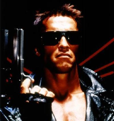 What actor played Kyle Reese (protector of Sarah Connor and father of John) in the original Terminator movie.