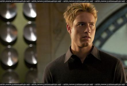 In what episode did Justin Hartley aka(Green arrow) come back in season 7?
