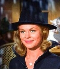 Actress Elizabeth Montgomery was a certified witch in real-life.