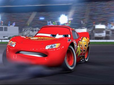 Who does the voice of Lighting McQueen?