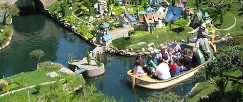 Disneyland 101: If toi were on this boat, what ride would toi be enjoying?