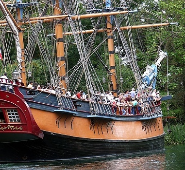 Disneyland 101: The large full scale replica of the first American ship to circumnavigate the globe (in Disneyland, Anaheim) is known as...